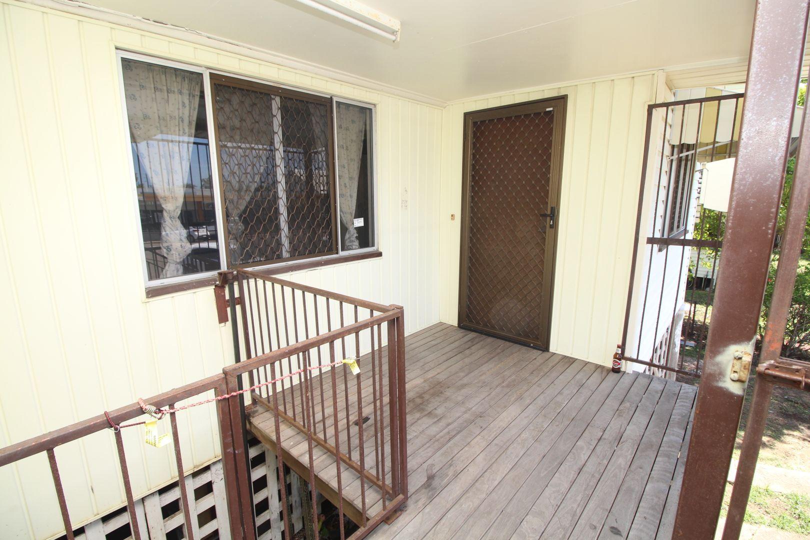 12 Hammett Street, Currajong QLD 4812, Image 1