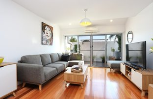 Picture of 2/853 High Street, Reservoir VIC 3073