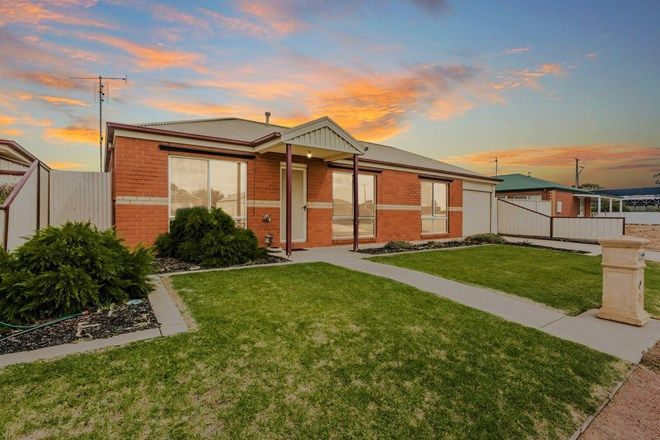 Picture of 3 Federal Street, ECHUCA VIC 3564