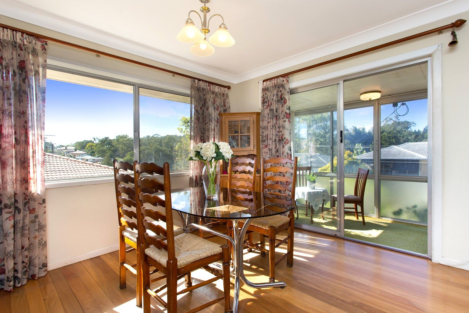 40 Hillock Street, Coorparoo QLD 4151, Image 2