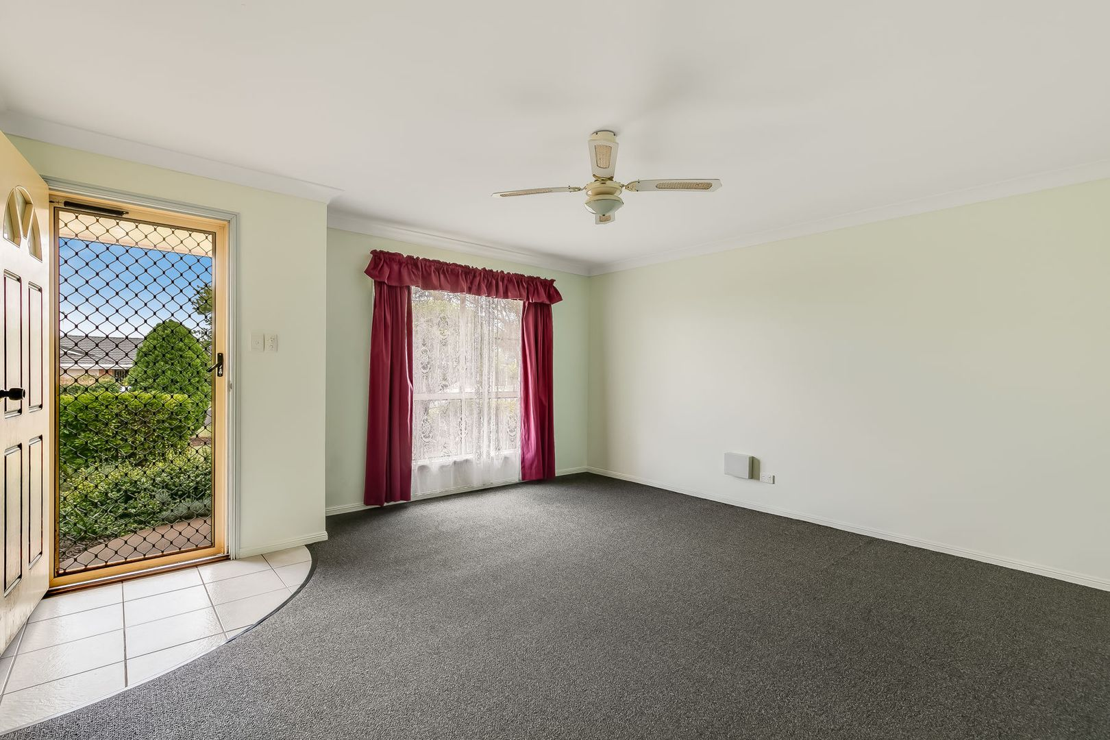 32 Cherokee Drive, Wilsonton QLD 4350, Image 2