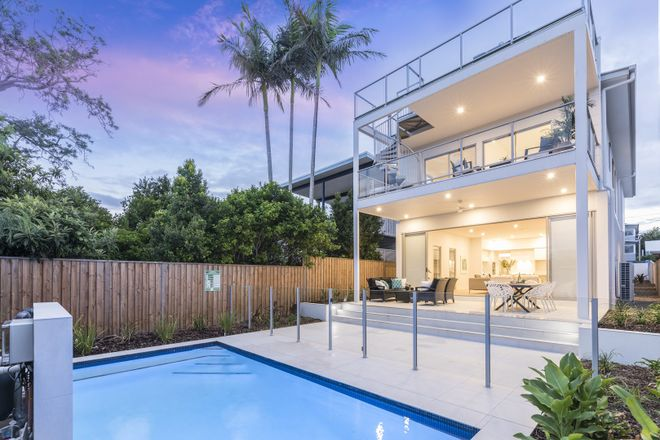Picture of 78 Stratton Terrace, MANLY QLD 4179