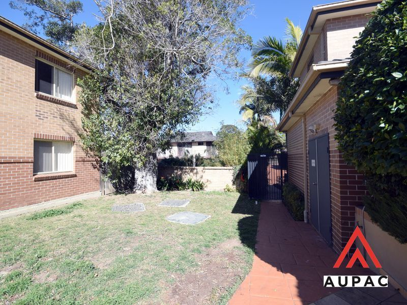 2/27 Wyatt Avenue, Burwood NSW 2134, Image 2