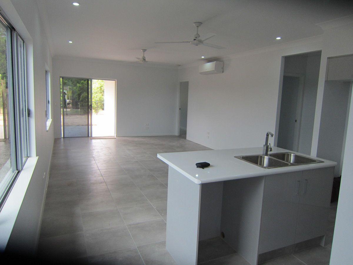 33 Starboard Street, Trinity Beach QLD 4879, Image 1