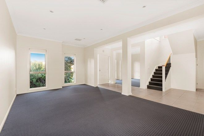 Picture of 3 Hollyhock Walk, SOUTH MORANG VIC 3752