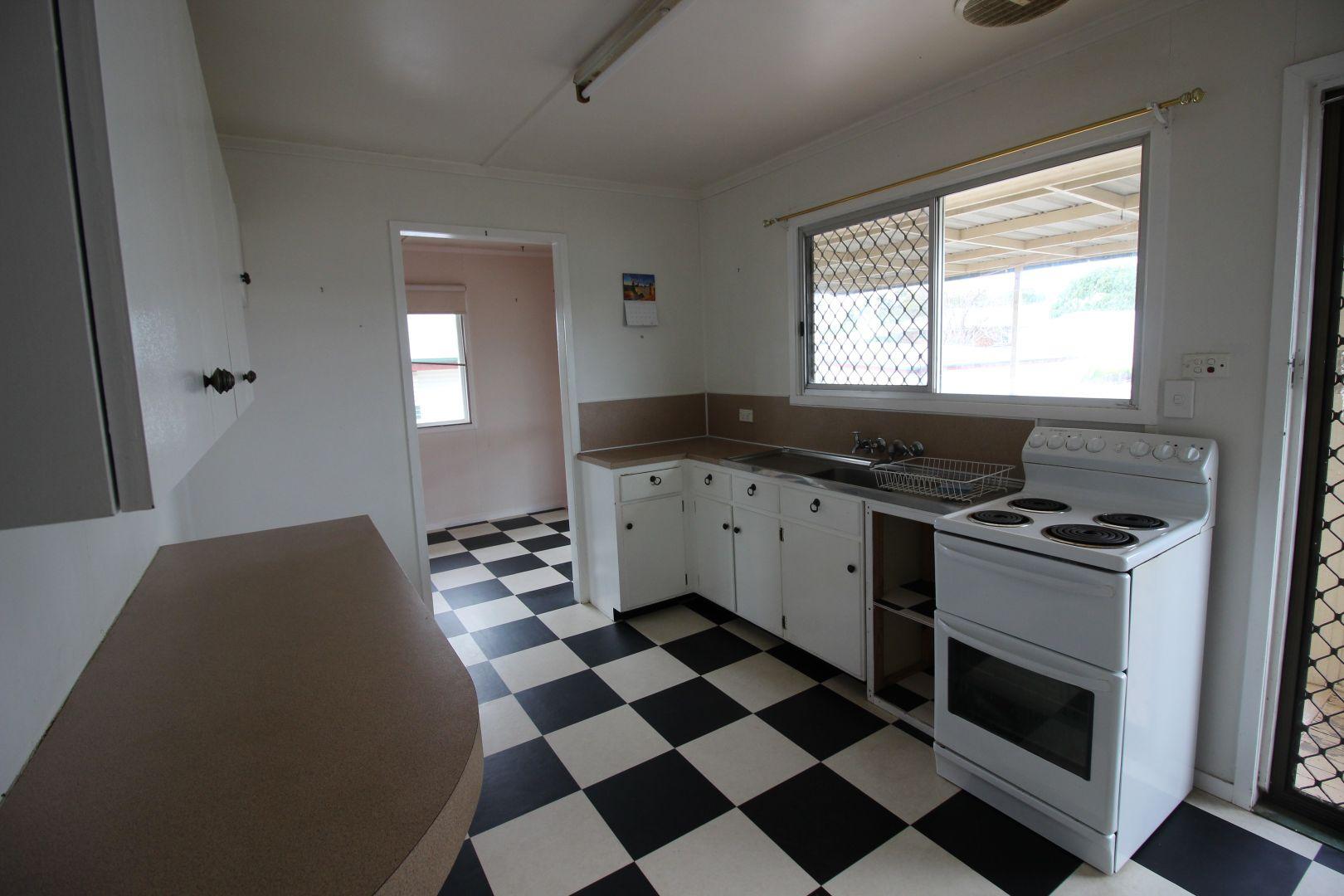 83 Fielding St, Gayndah QLD 4625, Image 1