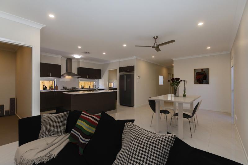 Redland Bay QLD 4165, Image 0