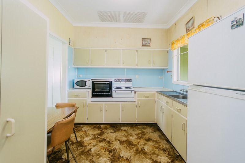 24 Macpherson Crescent, Grafton NSW 2460, Image 2