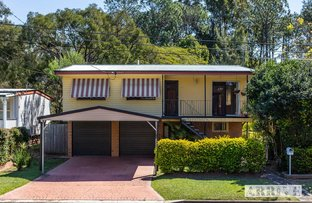 Picture of 42 Pareena Crescent, Mansfield QLD 4122