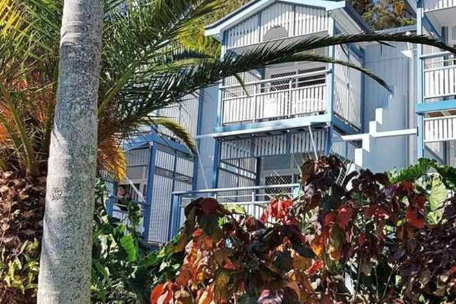 Picture of 10 Beach Walk, TANGALOOMA QLD 4025