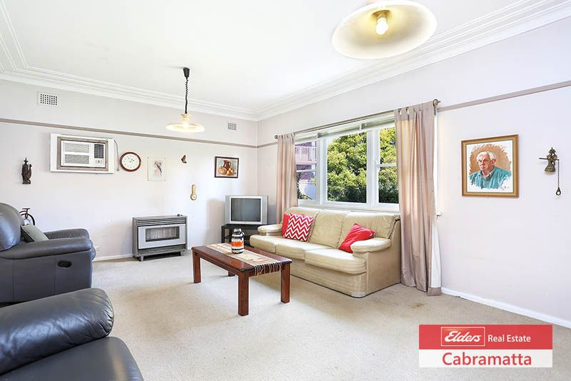 42 Humphries Road, Wakeley NSW 2176, Image 2