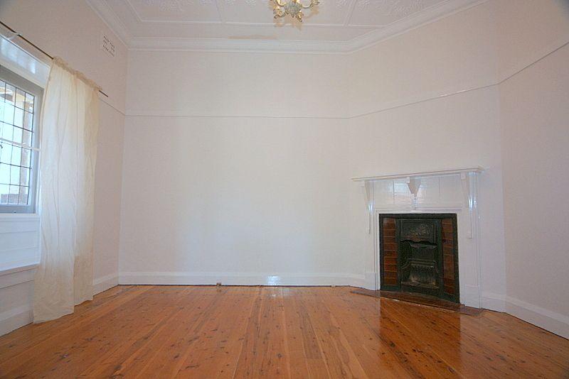 15 Sunnyside Street, Gladesville NSW 2111, Image 2