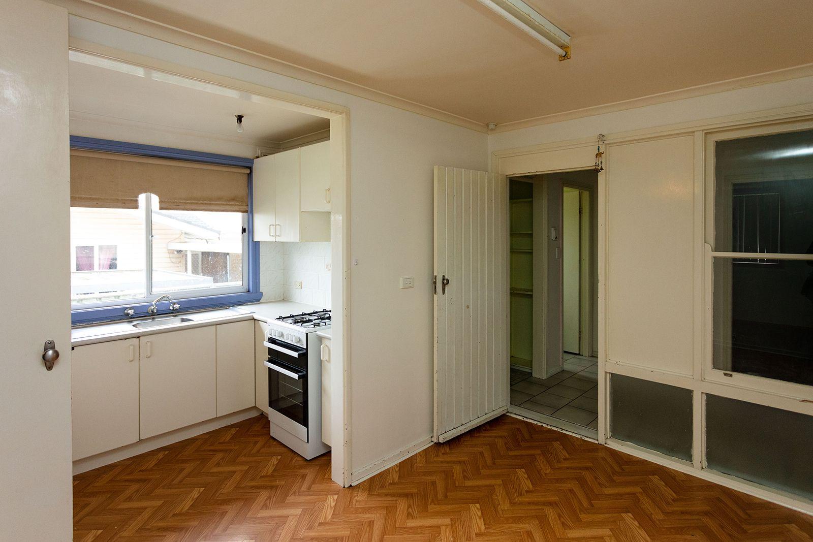 15 Bundarra Crescent, Orange NSW 2800, Image 1
