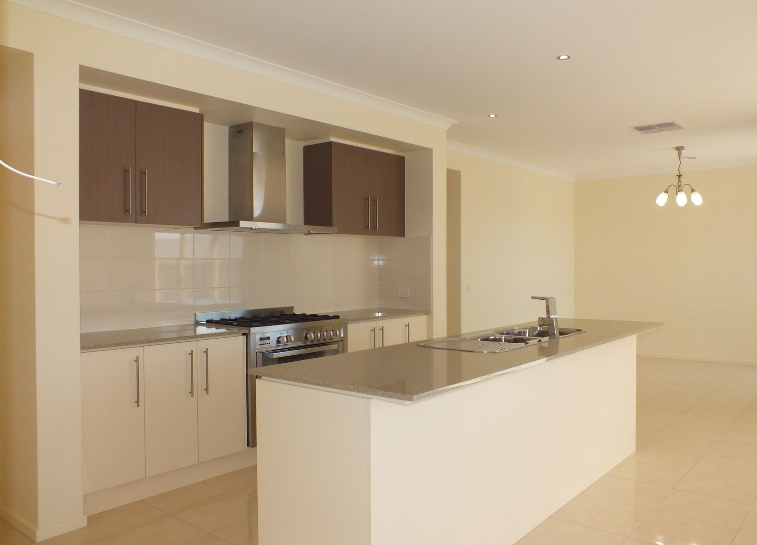 1152 Ison Road, Manor Lakes VIC 3024, Image 1