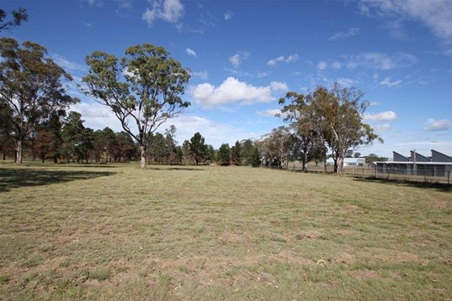 Picture of 4 Happy Valley Drive, WALLANGARRA QLD 4383