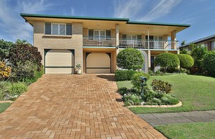 Picture of 18 Buttercup Street, Mansfield QLD 4122