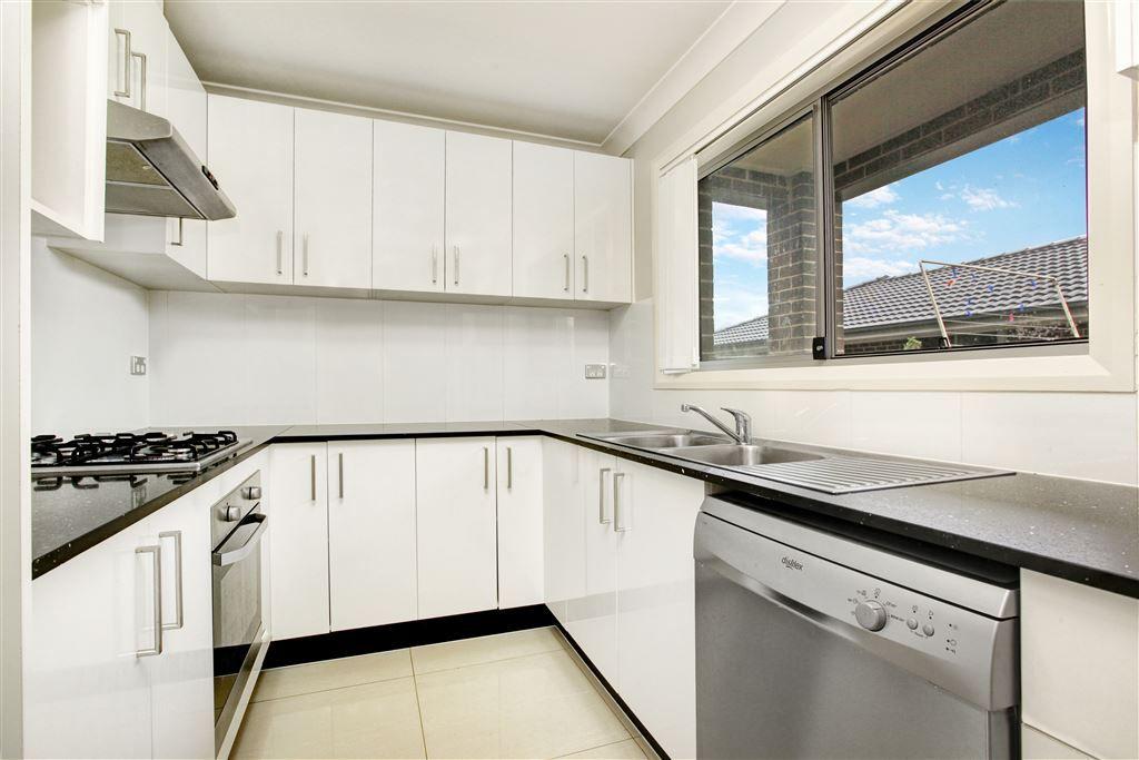 38 Criterion Crescent, Doonside NSW 2767, Image 2