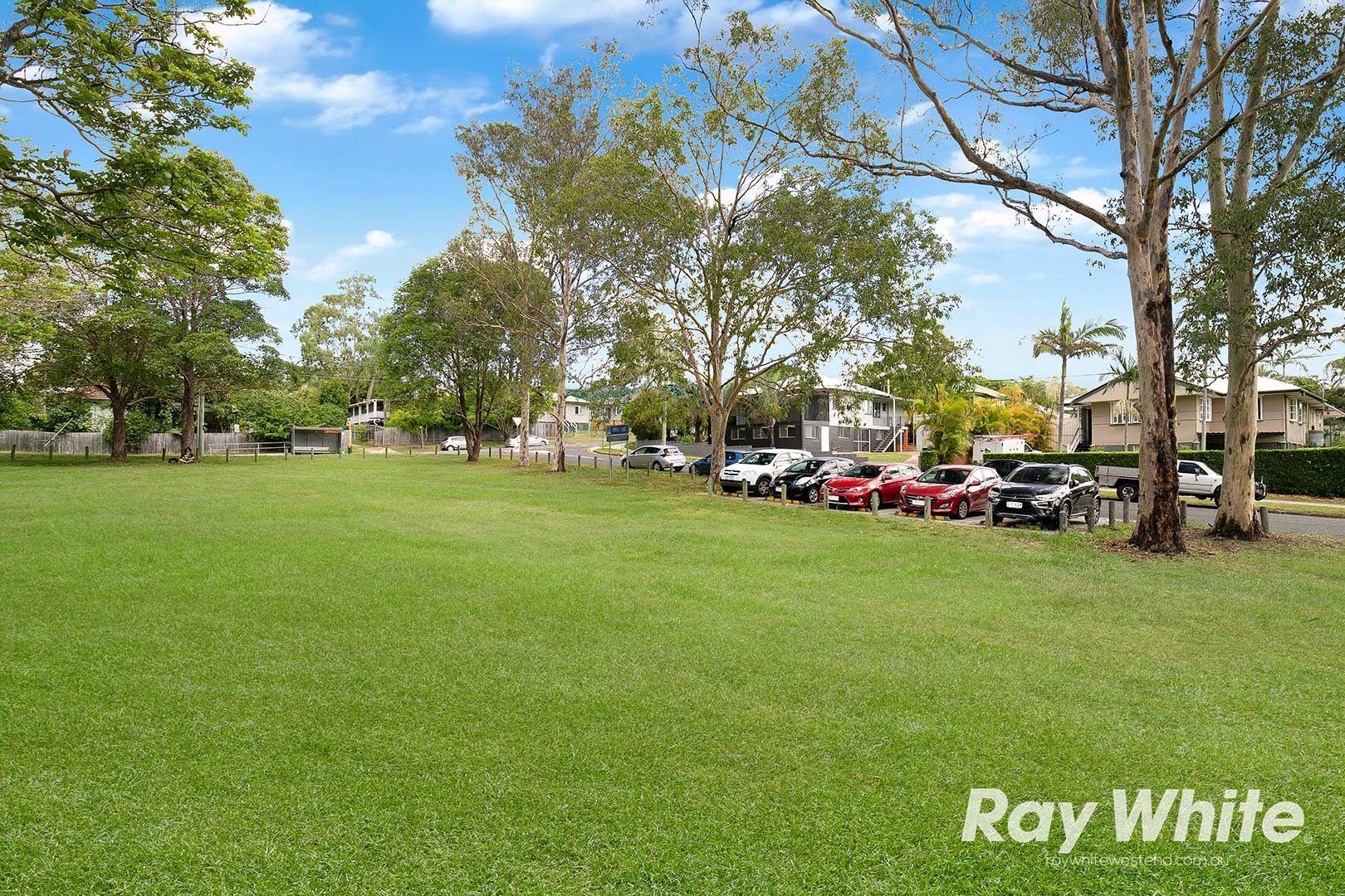 11 Camlet Street, Mount Gravatt East QLD 4122, Image 2