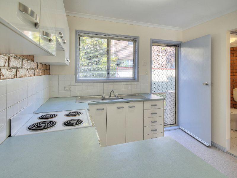 16/3 Costata Street, HILLCREST QLD 4118, Image 2
