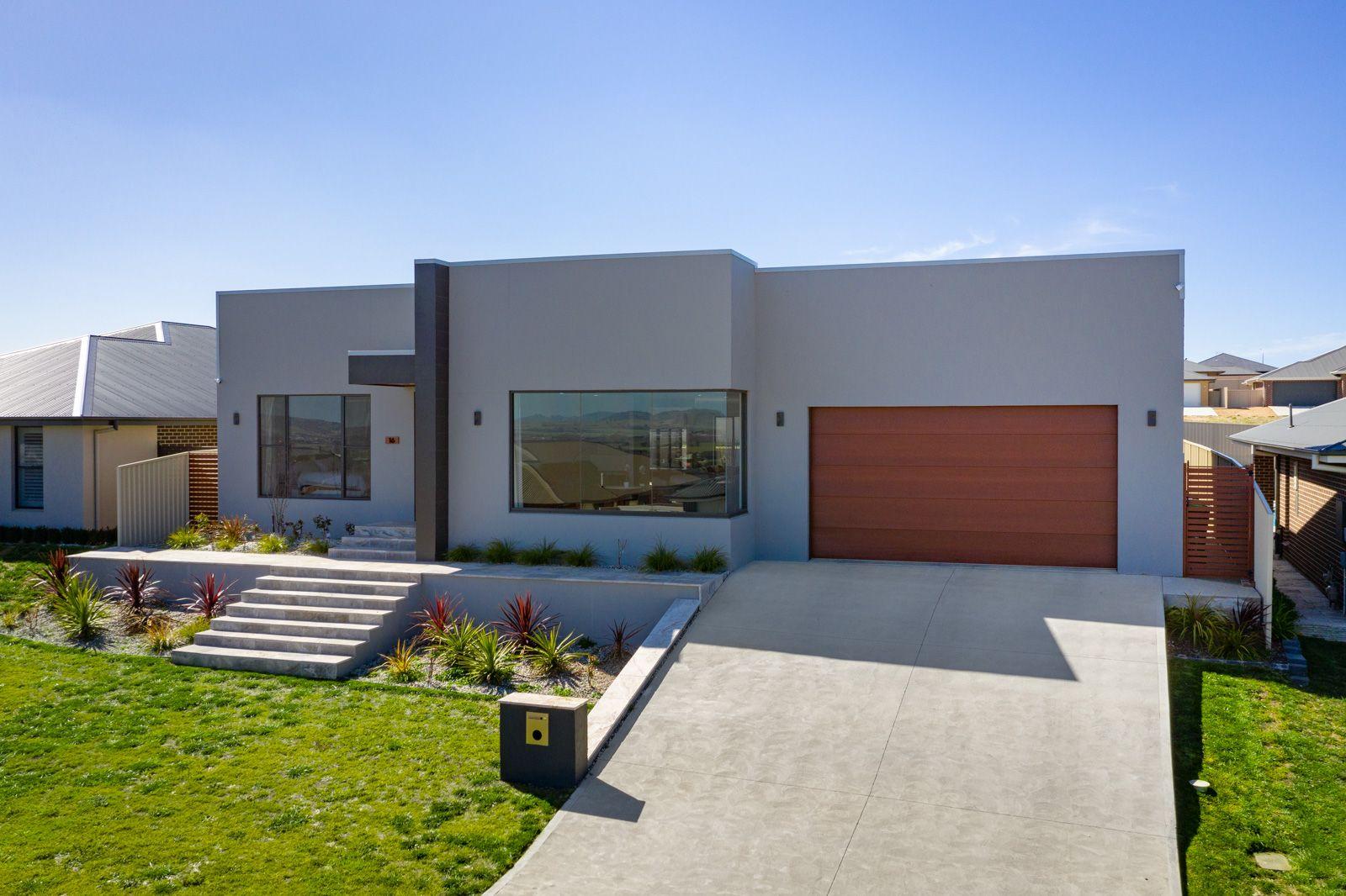 16 McGillan Drive, Kelso NSW 2795, Image 0