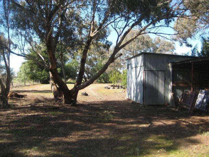 120 Cohen Road, Rochester VIC 3561, Image 1