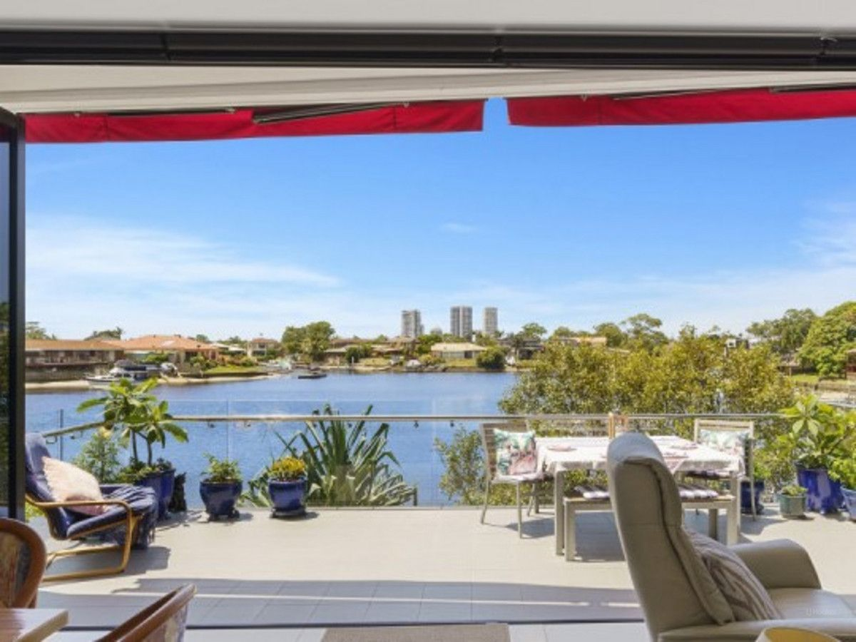 2002/5 Harbour Side Court, Biggera Waters QLD 4216, Image 0