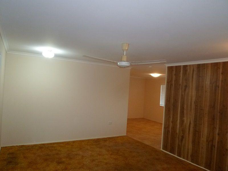 32 Valencia Street, Cranbrook QLD 4814, Image 2