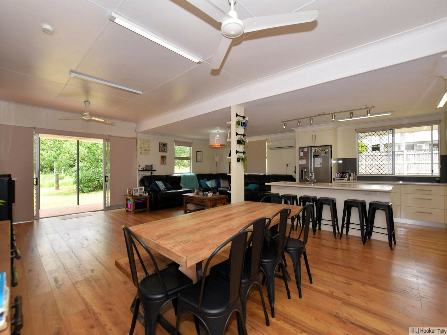 414 Palmerston Highway, Stoters Hill QLD 4860, Image 2