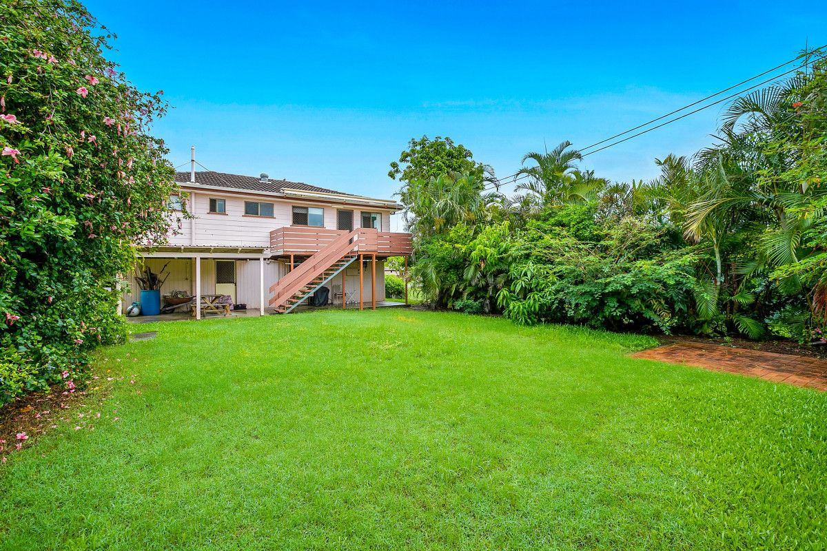 13 Murray Street, Birkdale QLD 4159, Image 2
