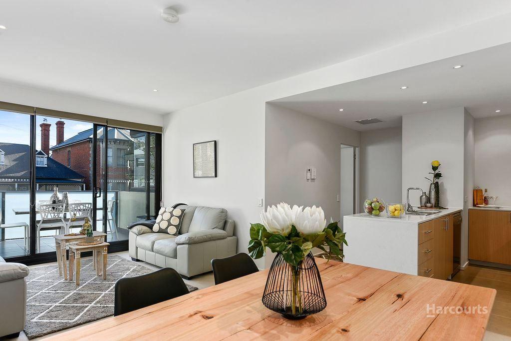 12/166 Bathurst Street, Hobart TAS 7000, Image 2