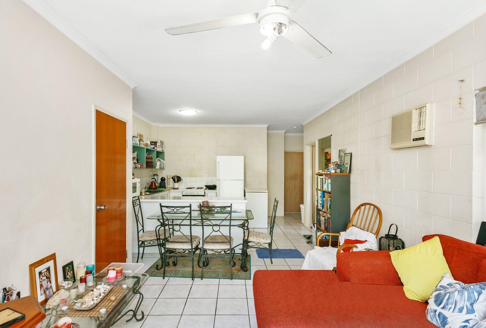 1/542 Varley Street, Yorkeys Knob QLD 4878, Image 2