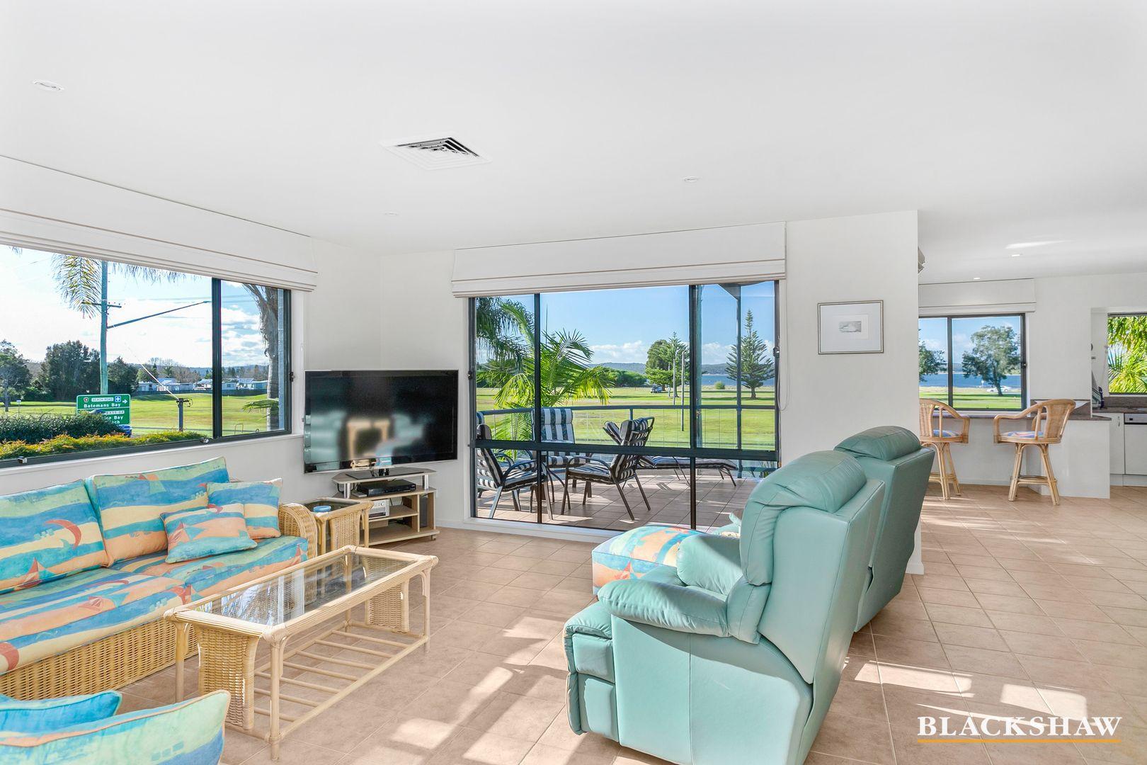 2/216 Beach Road, Batehaven NSW 2536, Image 1