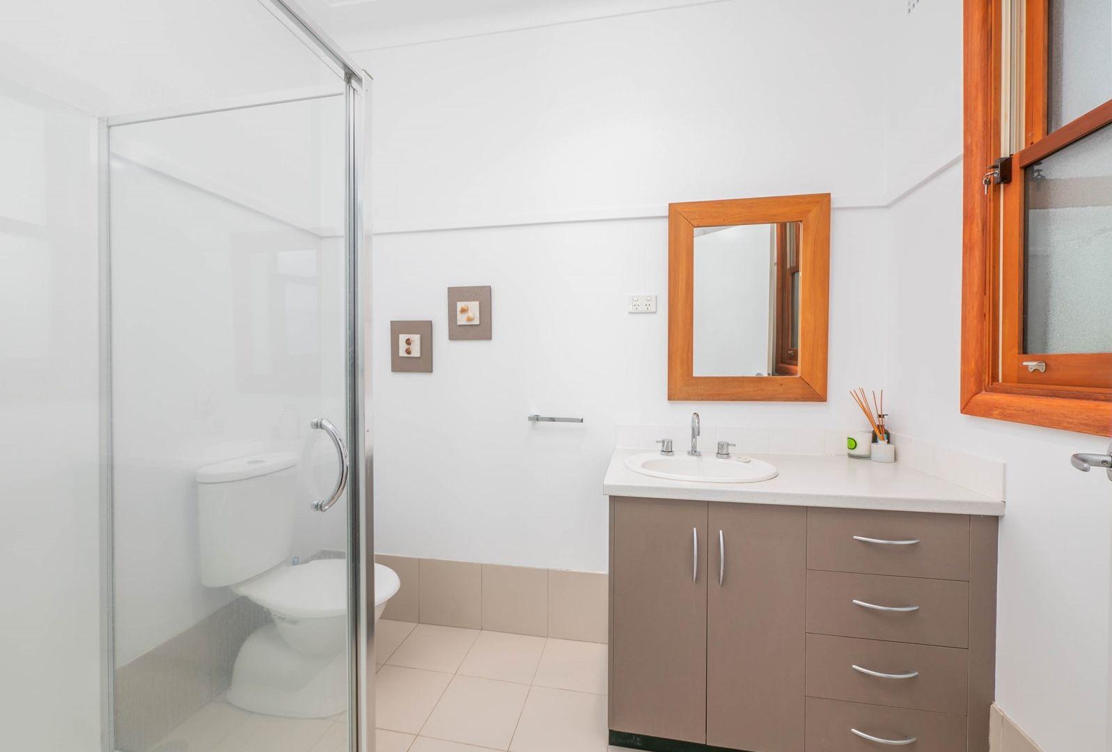 42 Kirkwood Street, Armidale NSW 2350, Image 2