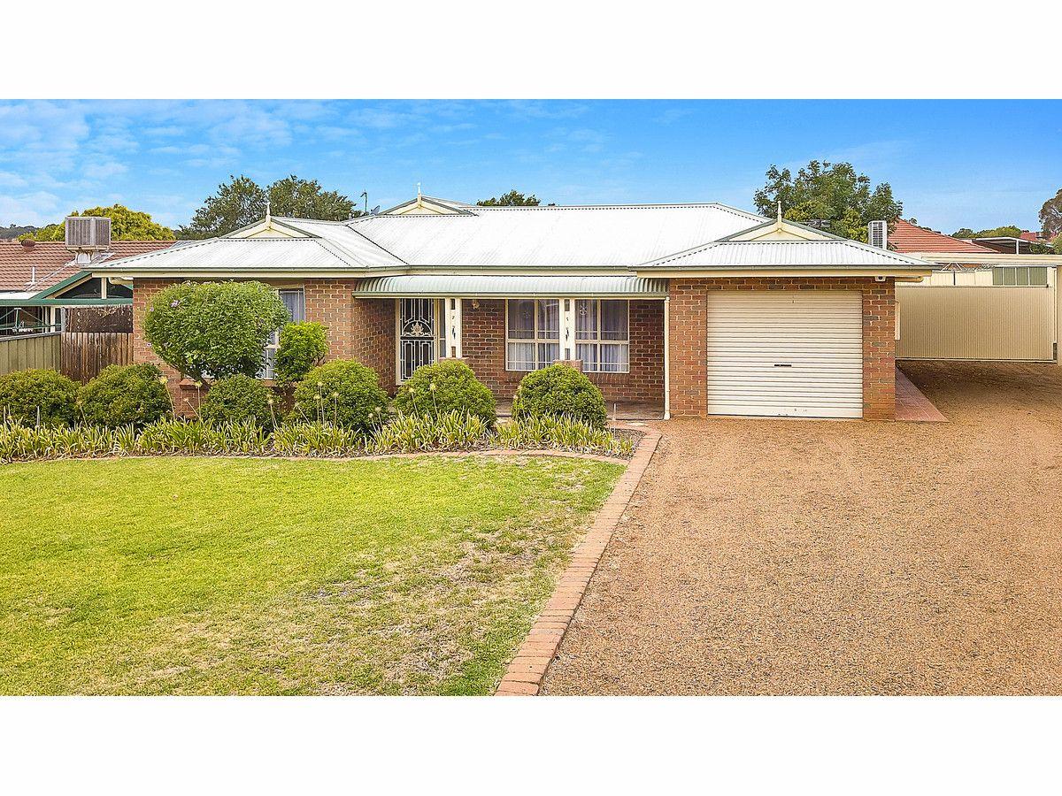 4 Lesley Place, Dubbo NSW 2830, Image 0