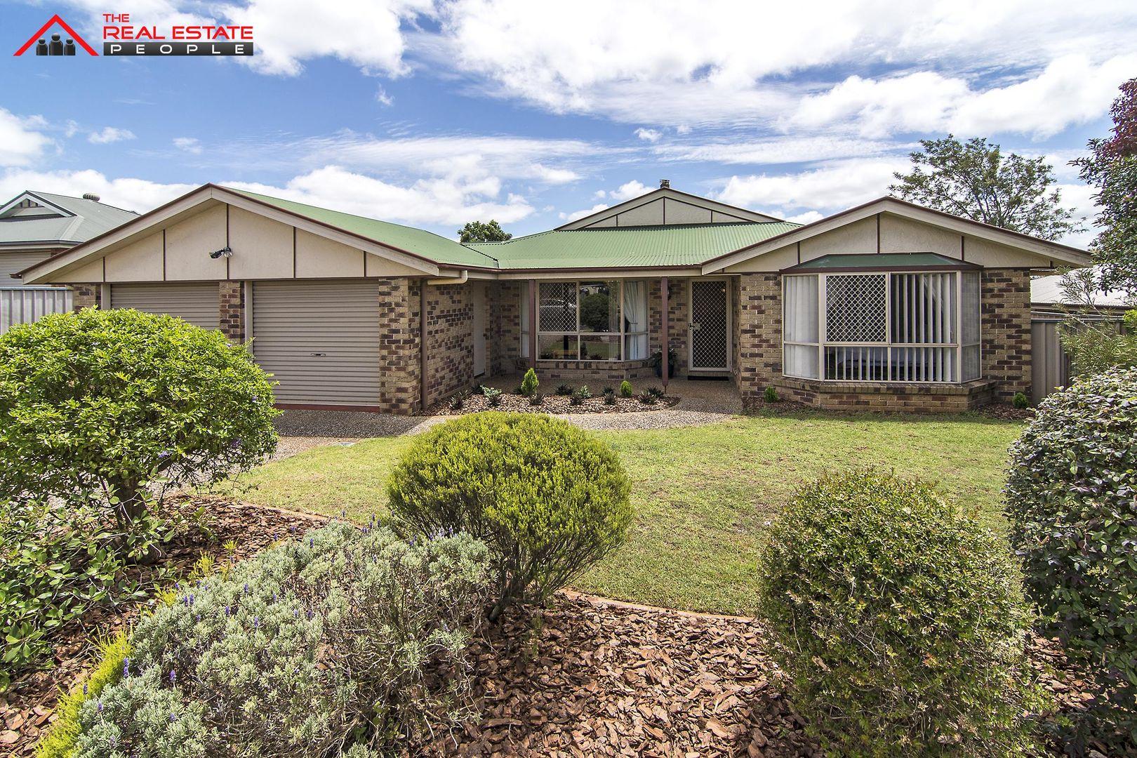 15 Swartz Street, Kearneys Spring QLD 4350, Image 0