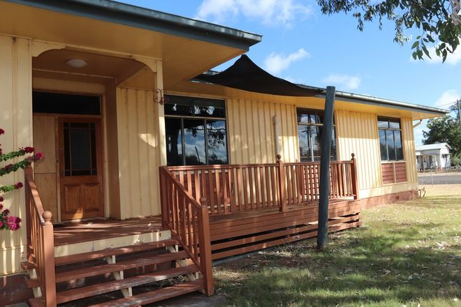 Picture of 44 Edward, CHARLEVILLE QLD 4470