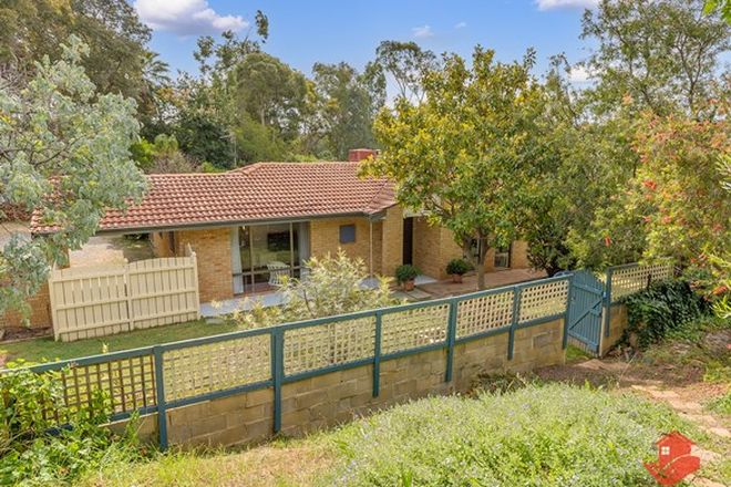 Picture of 39 Garland Road, ROLEYSTONE WA 6111