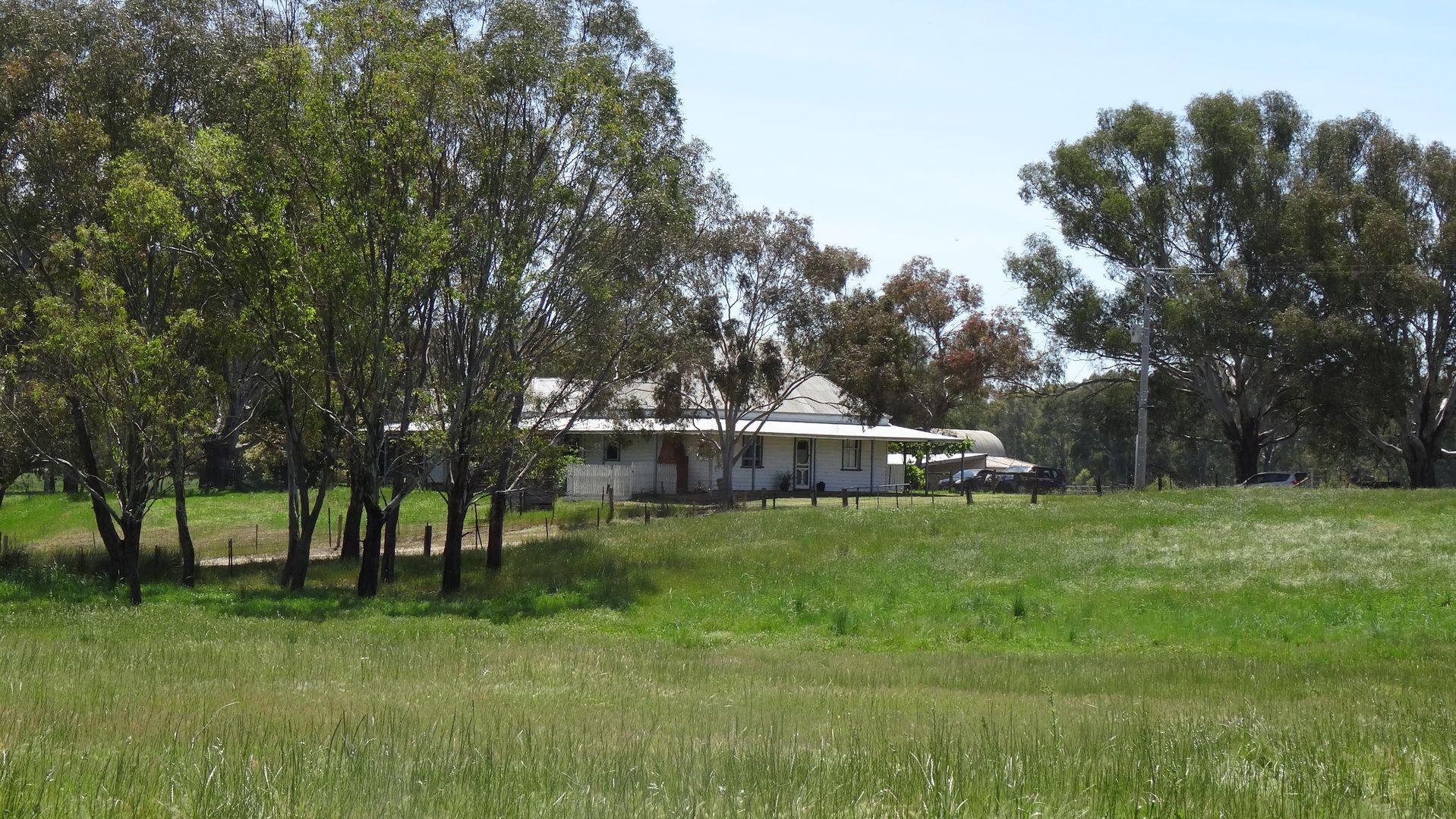 400 Detour Road, East Wangaratta VIC 3678, Image 2