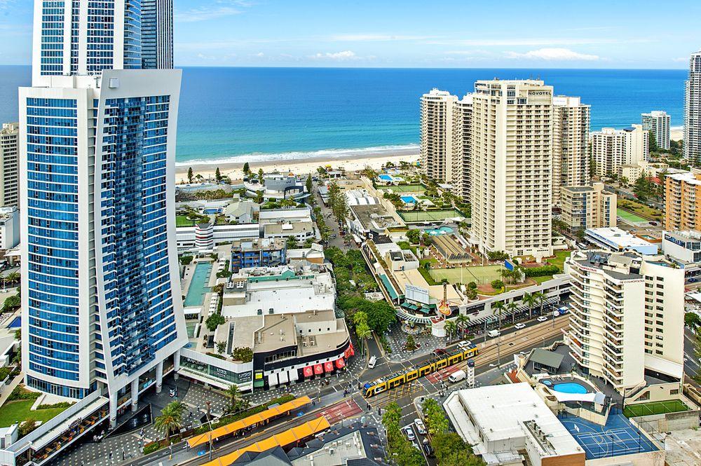 9 Ferny Avenue, Surfers Paradise QLD 4217, Image 2