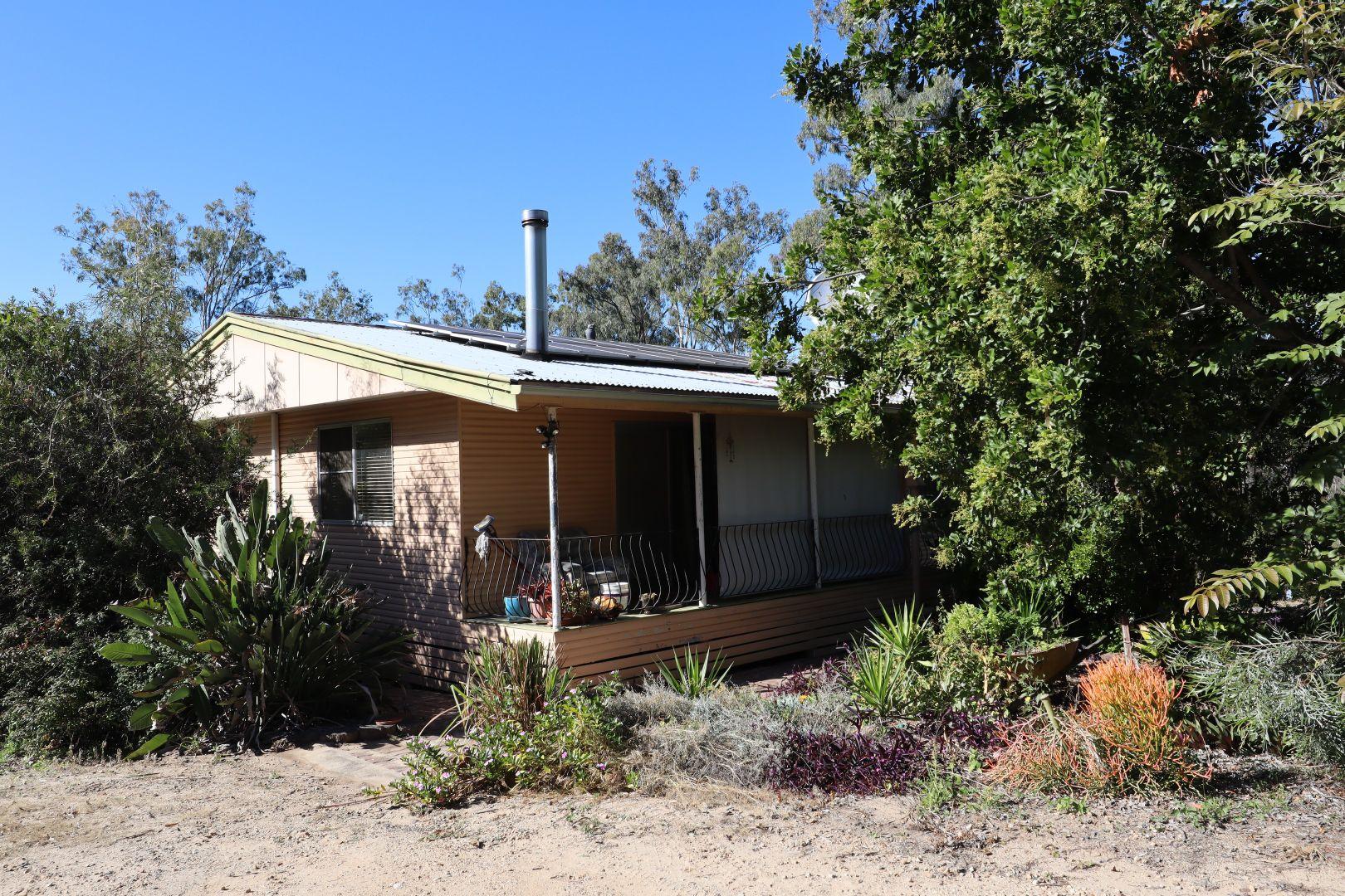 15 Yellowood Court, Kensington Grove QLD 4341