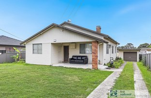 Picture of 13 Oramzi Road, Girraween NSW 2145