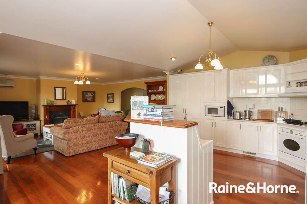 389 Russell Street, Bathurst NSW 2795, Image 2