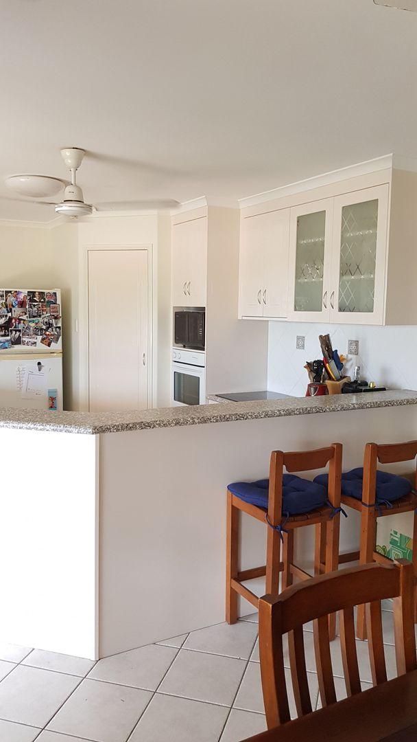 29 Denham Crescent, Rural View QLD 4740, Image 2
