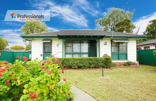 Picture of 34 Copeland Road, Lethbridge Park NSW 2770