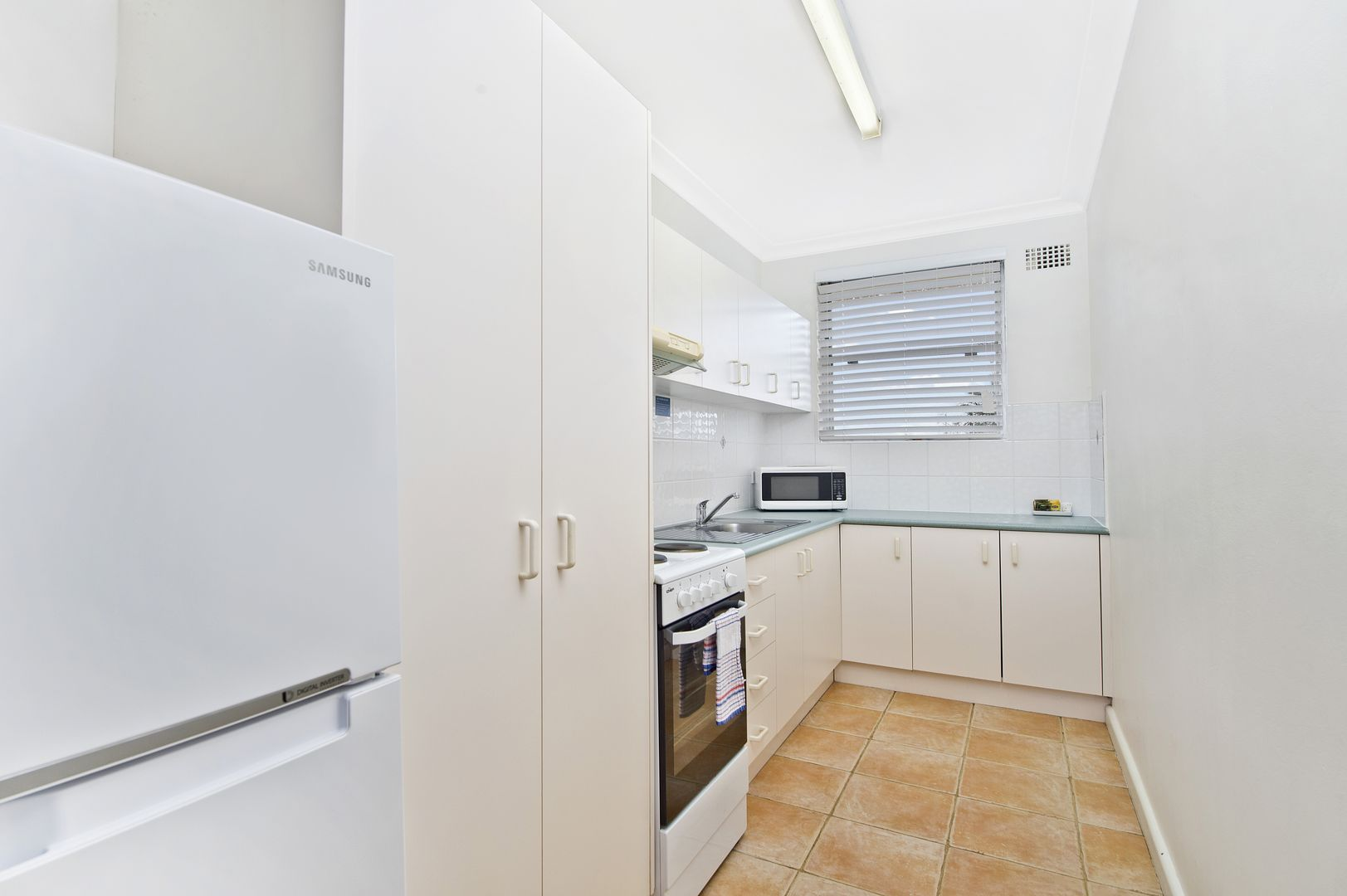 8/25-35 Owen Street, Port Macquarie NSW 2444, Image 2