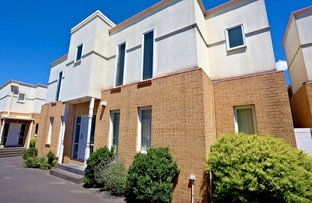 Picture of 2/76 Wellington Road, Clayton VIC 3168