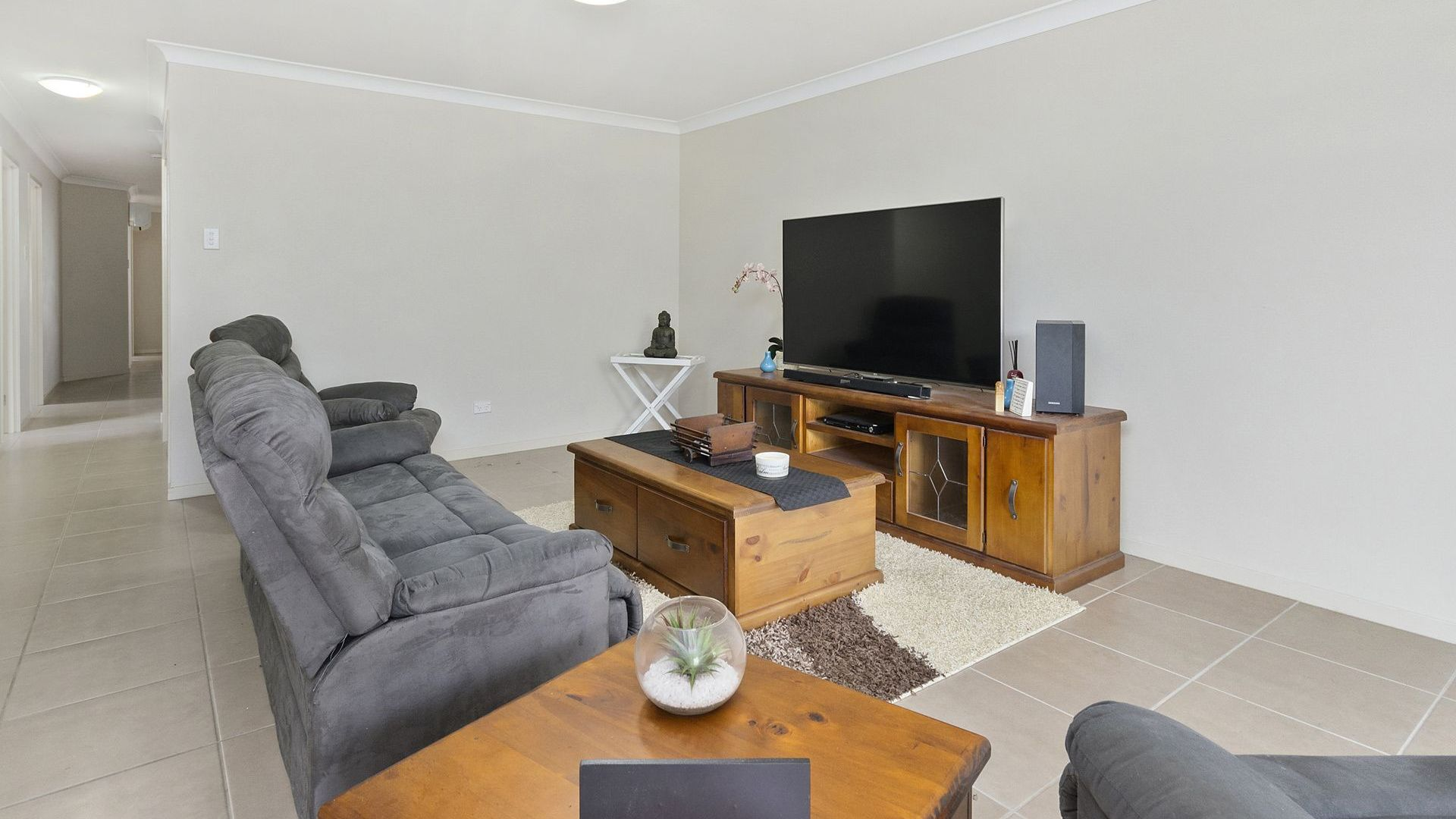 1/16 Ashfield Street, North Ipswich QLD 4305, Image 1