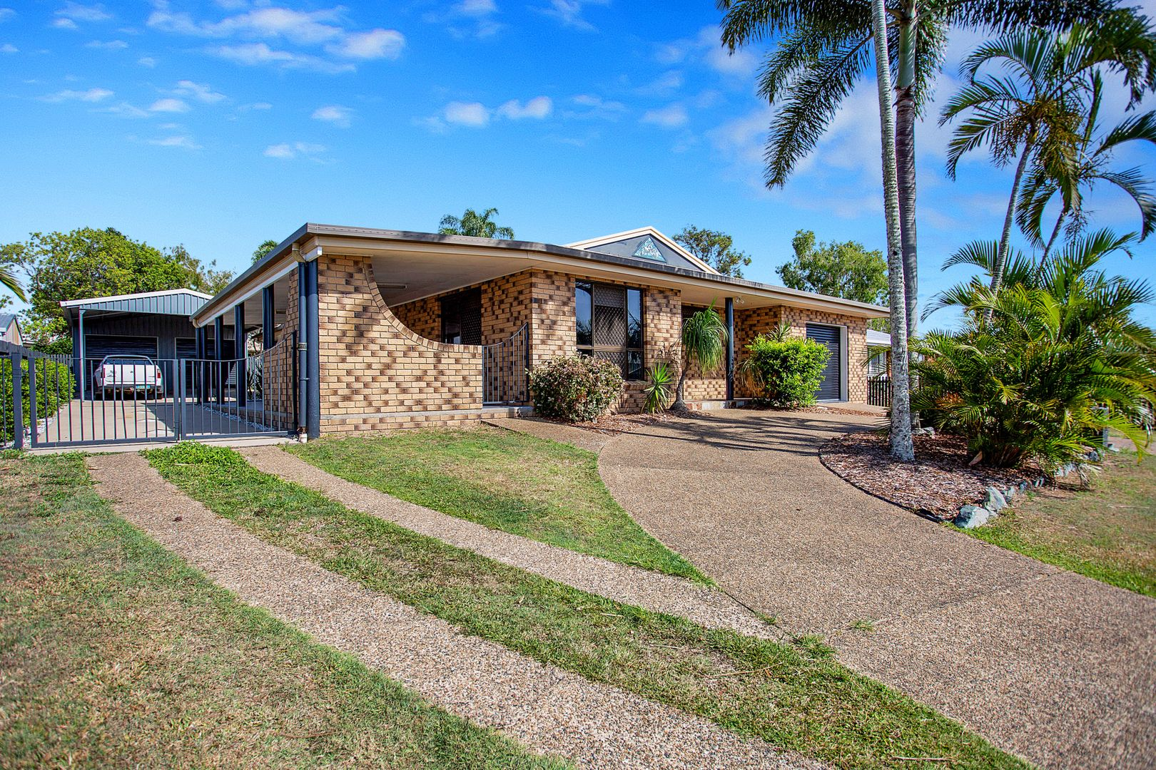 33 Celeber Drive, Andergrove QLD 4740, Image 1