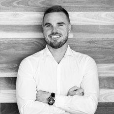 Craig Morrison, Sales Manager