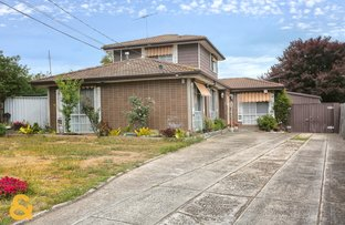 5 Hallston Court, Meadow Heights VIC 3048